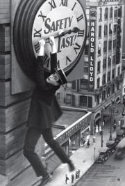 Safety Last - the great silent era genius Harold Lloyd! poster